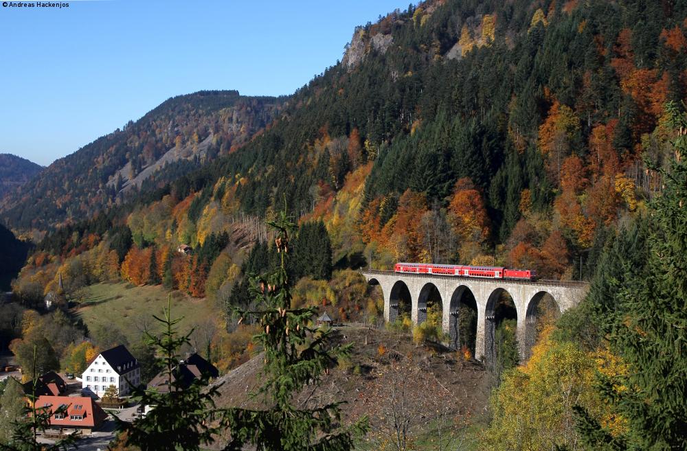 http://www.bahnkutscher.de/andreas/bb/2015/2015_10_26_hoelle/2015_10_26_b03_Ravennaviadukt.JPG