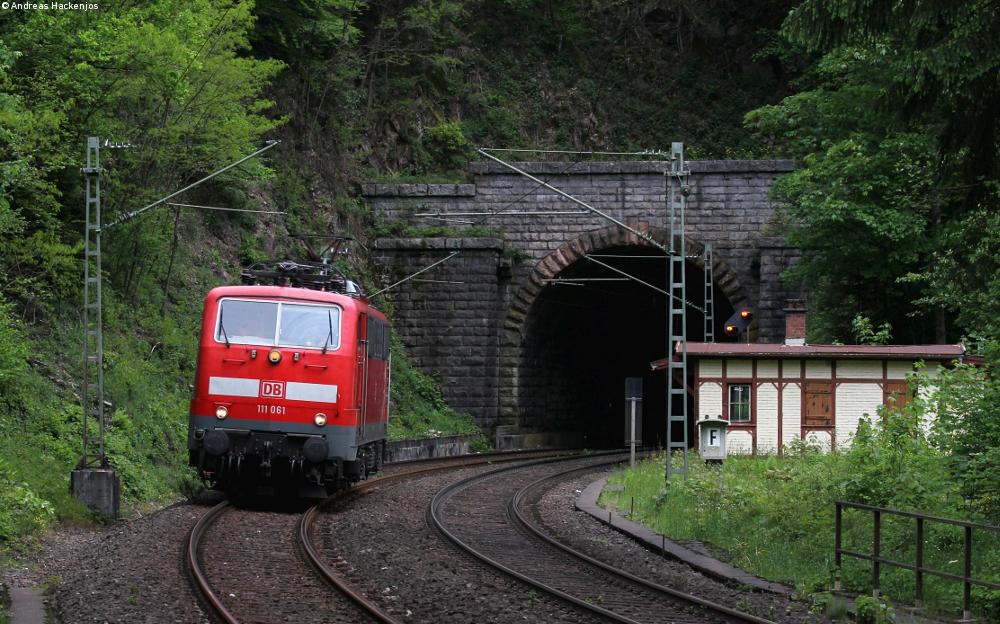 http://www.bahnkutscher.de/andreas/bb/2016/sonstige/2016_05_27_Tunnel_4.Bauer.JPG